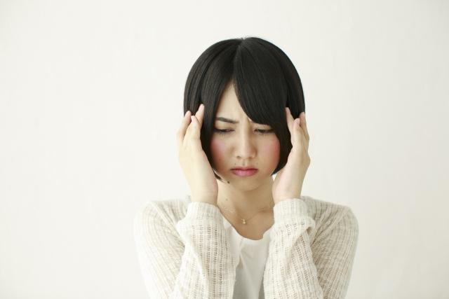 自律神経のバランスを調整するならいやさか整体院~寝不足による頭痛を防ごう~